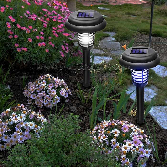 Solar Powered LED Light Pest Bug Zapper Insect Mosquito Killer Lamp