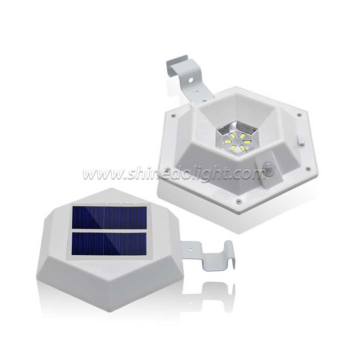 6 LED Solar Fence Light with Motion Sensor